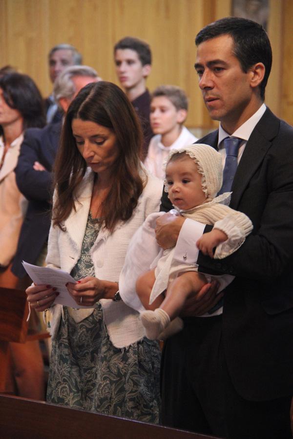 familia_iglesia_bautizo_ranita_handmade_ hecho a mano