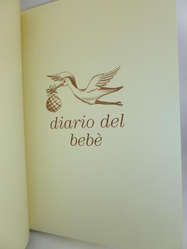 ibro_bebe_cartonaje_dentro_amano
