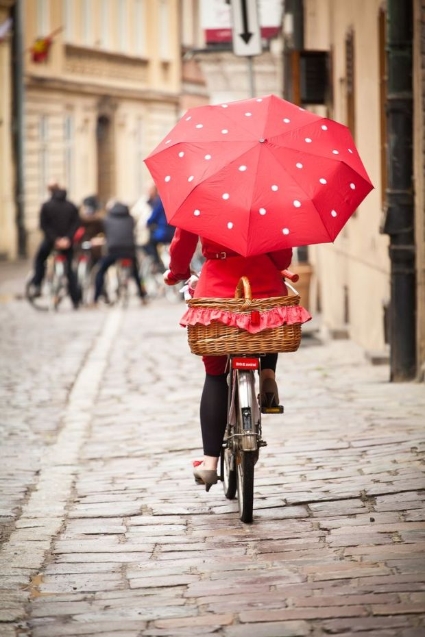 red bike umbrella