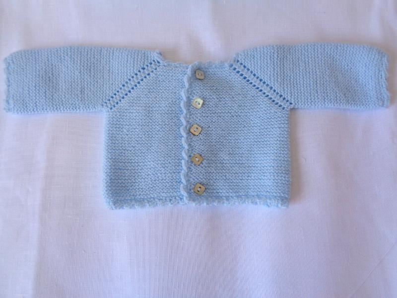 9084604a6 Jersey de primera puesta con manga ranglan azul bebé – A CoSer y Punto