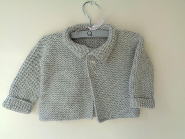 jersey chaqueton gris primer puesta a mano