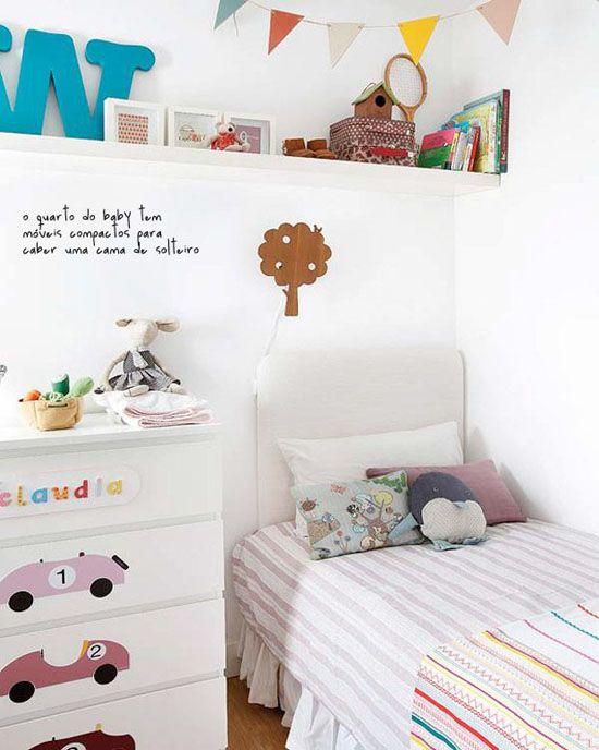 ikea MALM decoración cuarto bebe vinilos