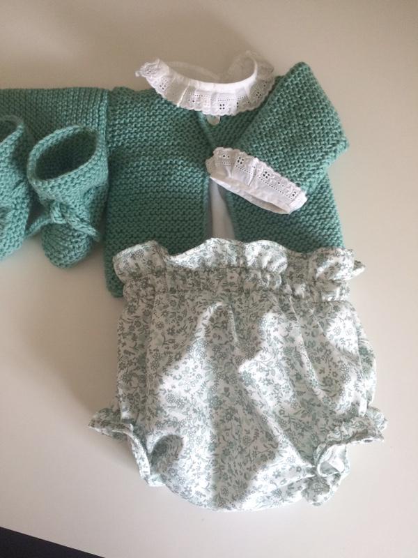 conjunto-jersey-culotte-verde-primera-puesta-mesa