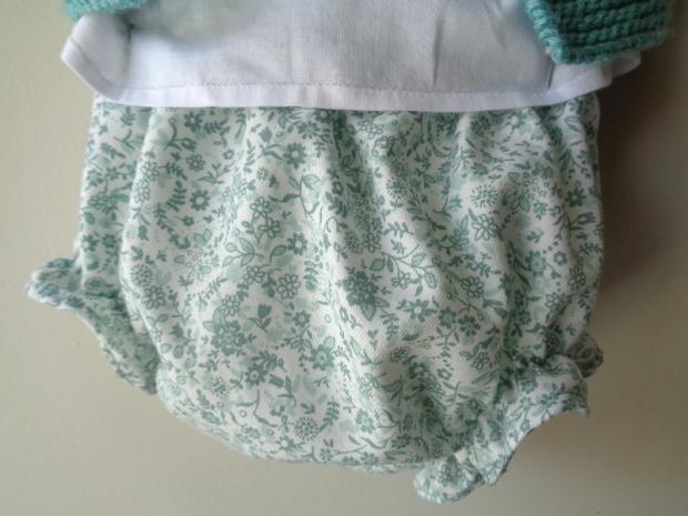 culotte-flores-verdes-primera-puesta